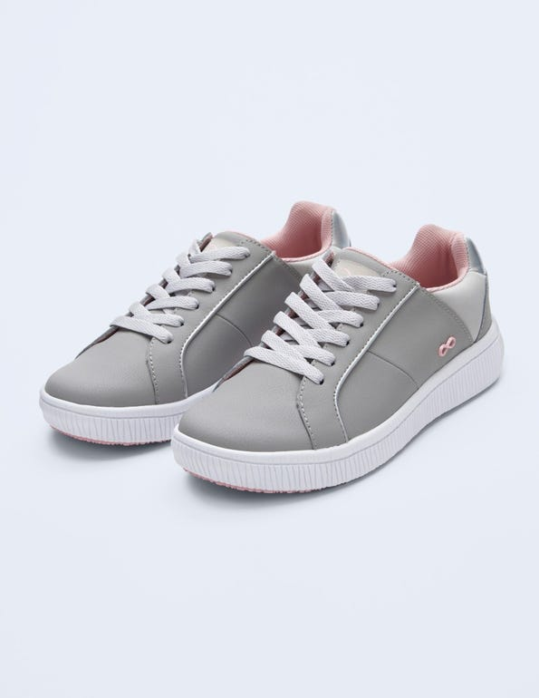 Drift Leather Sneaker